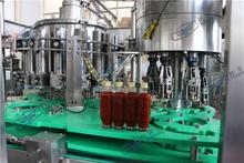 辣椒酱二合一灌装机 活塞灌装机 5000瓶每小时玻璃瓶铝盖灌装机
